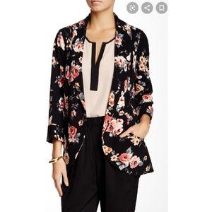 Black Rainn black floral open blazer